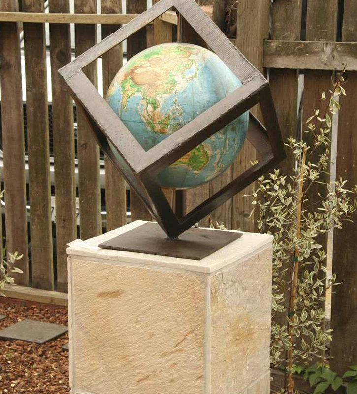 Installation, Globe 3