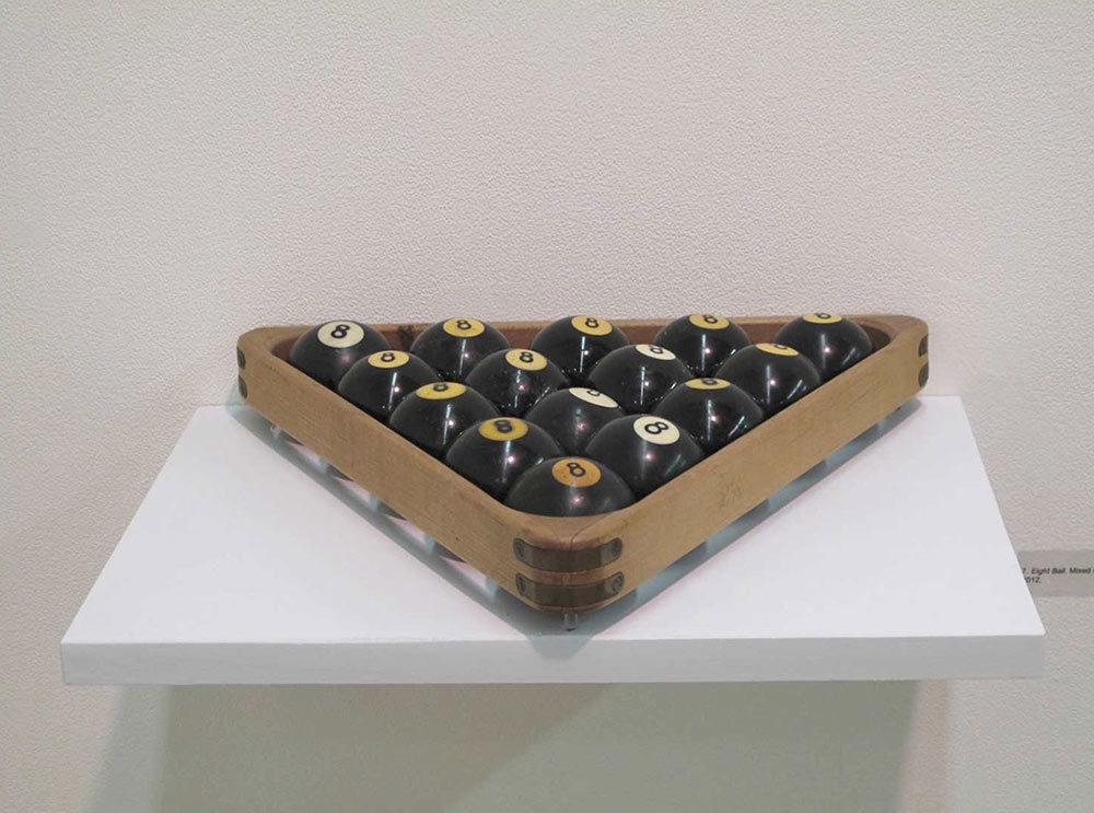 8 Balls, installation